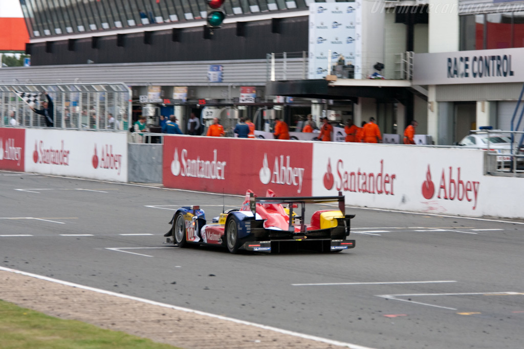 Panis takes the flag - Chassis: 03   - 2009 Le Mans Series Silverstone 1000 km