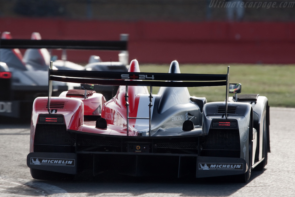Red, white and black - Chassis: LC70-11   - 2009 Le Mans Series Silverstone 1000 km