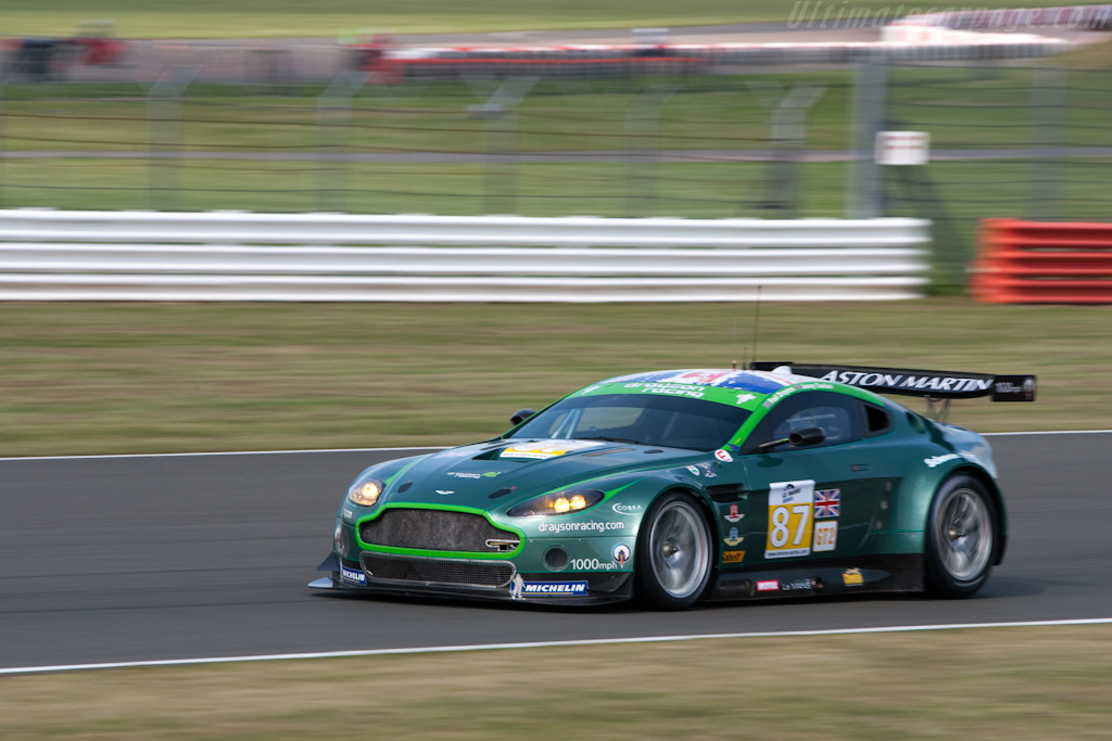 The final outing for the Drayson Vantage - Chassis: GT2/002   - 2009 Le Mans Series Silverstone 1000 km