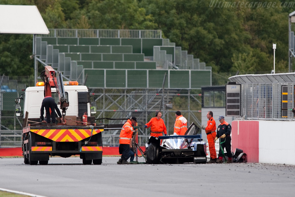 The remains of the Speedy Lola - Chassis: B0980-HU01S   - 2009 Le Mans Series Silverstone 1000 km