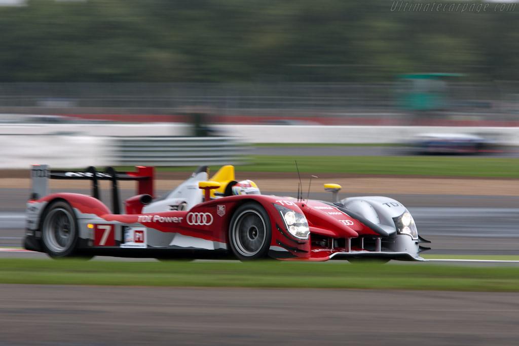 Audi vs Peugeot    - 2010 Le Mans Series Silverstone 1000 km (ILMC)