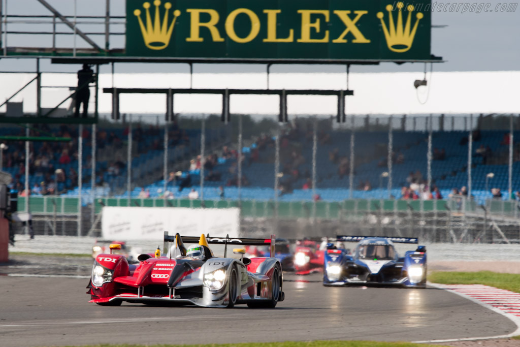 McNish leads the way    - 2010 Le Mans Series Silverstone 1000 km (ILMC)