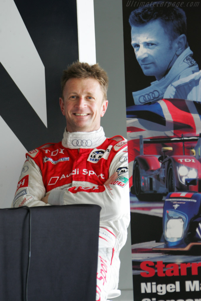 McNish was all over the place    - 2010 Le Mans Series Silverstone 1000 km (ILMC)