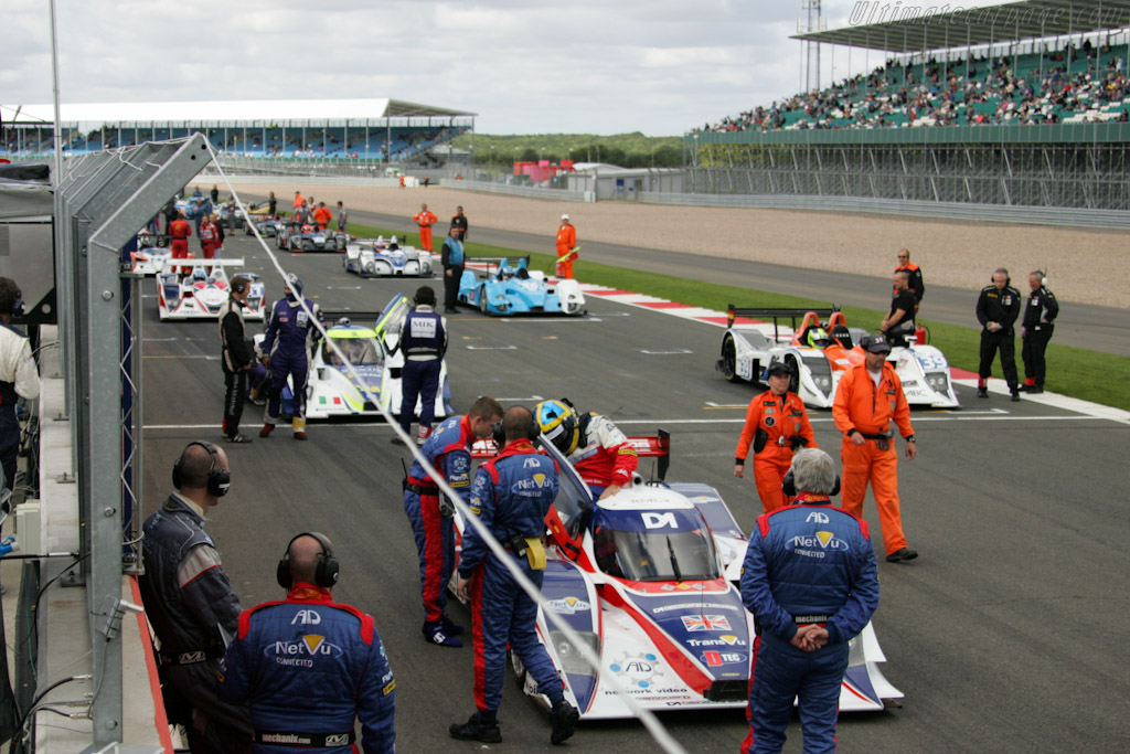 The Grid - Chassis: B0880-HU03   - 2010 Le Mans Series Silverstone 1000 km (ILMC)