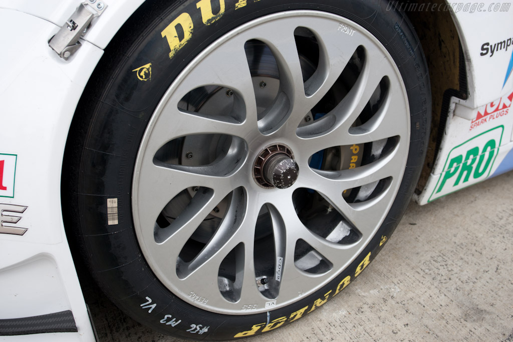 BMW's new wheels - Chassis: 1106  - 2011 Le Mans Series 6 Hours of Silverstone (ILMC)