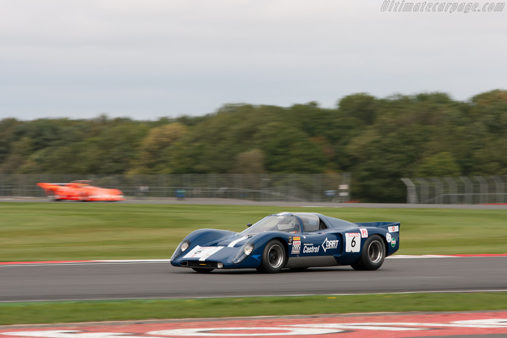 Chevron B16 - Chassis: CH-DBE-29   - 2011 Le Mans Series 6 Hours of Silverstone (ILMC)