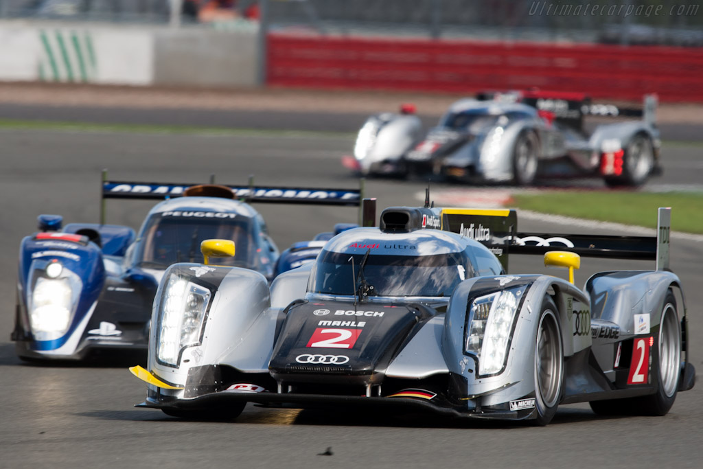 Early leaders - Chassis: 107   - 2011 Le Mans Series 6 Hours of Silverstone (ILMC)