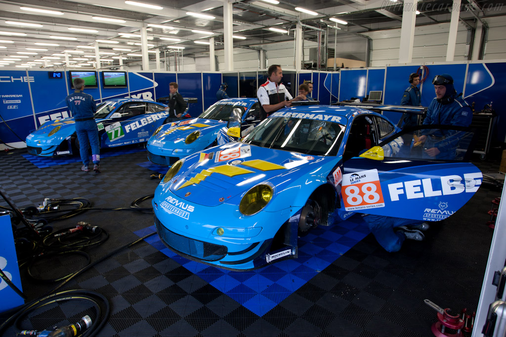 Felbermayr-Proto Porsches - Chassis: WP0ZZZ99Z9S799918   - 2011 Le Mans Series 6 Hours of Silverstone (ILMC)