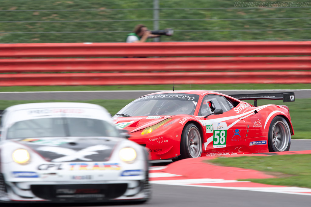 Ferrari 458 Italia GT - Chassis: 2834   - 2011 Le Mans Series 6 Hours of Silverstone (ILMC)