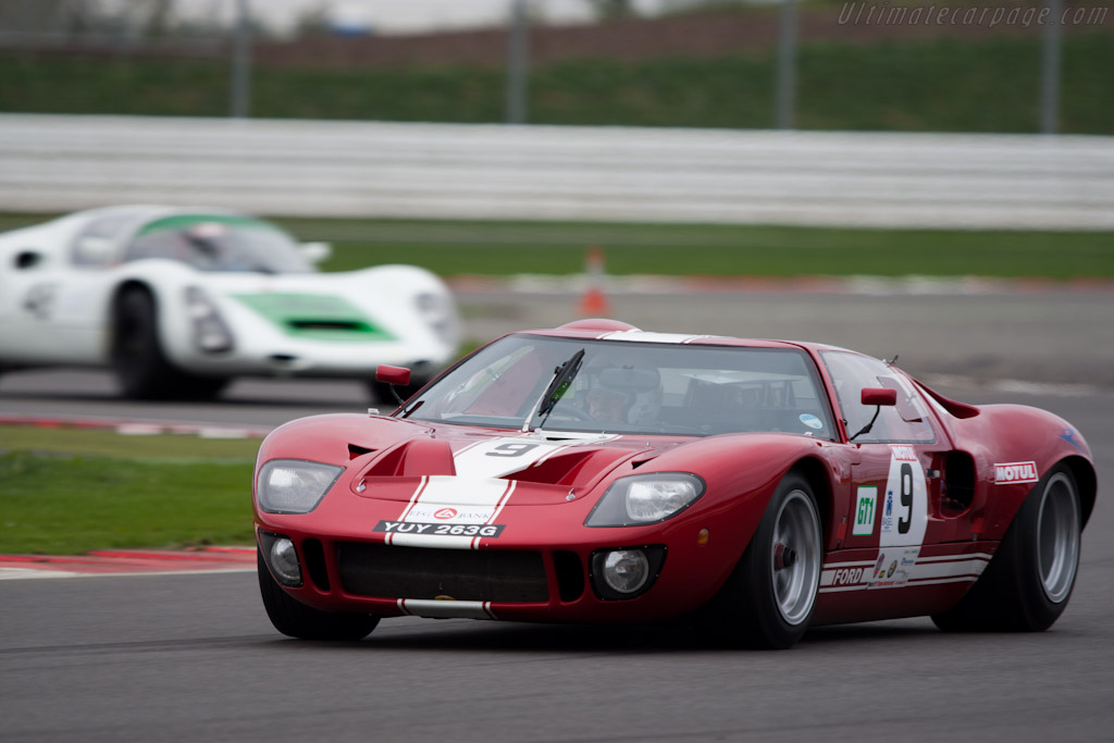 Ford GT40    - 2011 Le Mans Series 6 Hours of Silverstone (ILMC)