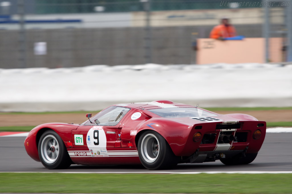 Ford GT40 - Chassis: GT40P/1089   - 2011 Le Mans Series 6 Hours of Silverstone (ILMC)