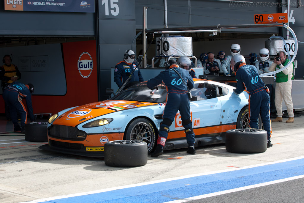 Gulf Aston stop - Chassis: GT2/009   - 2011 Le Mans Series 6 Hours of Silverstone (ILMC)