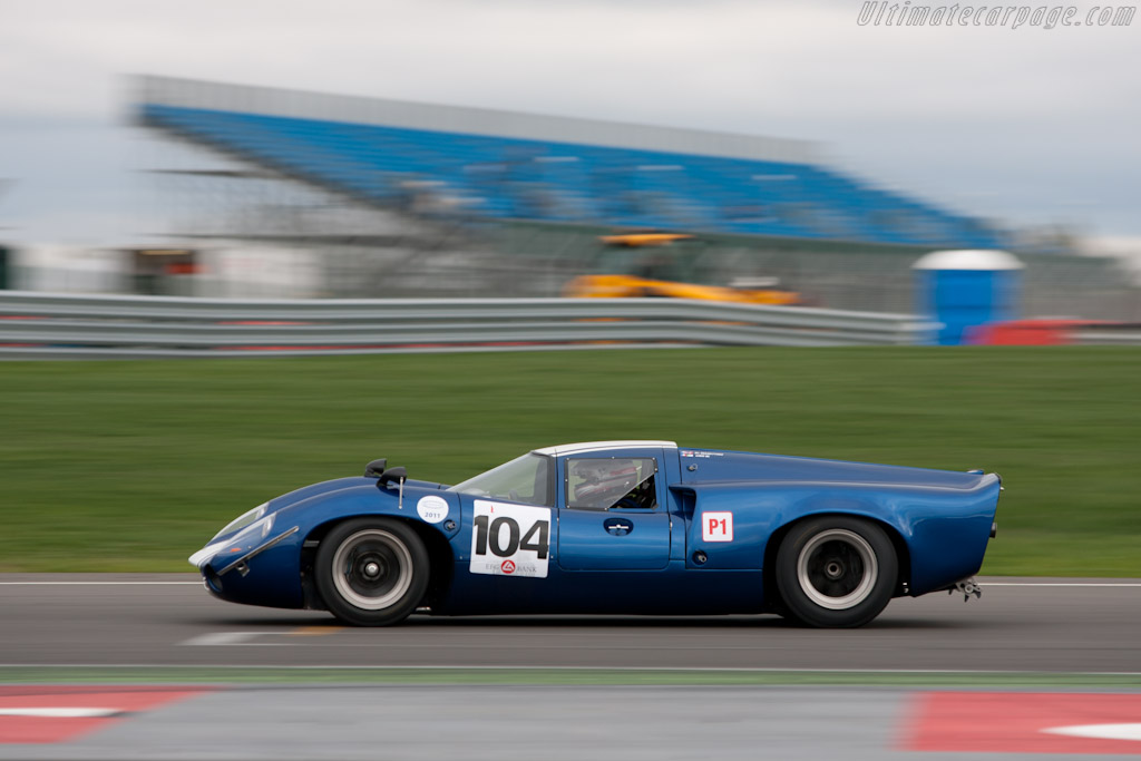 Lola T70 Mk3 - Chassis: SL73/118   - 2011 Le Mans Series 6 Hours of Silverstone (ILMC)