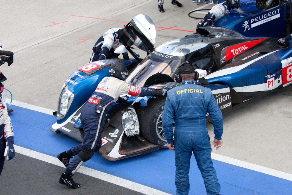 Peugeot Damage   - 2011 Le Mans Series 6 Hours of Silverstone (ILMC)