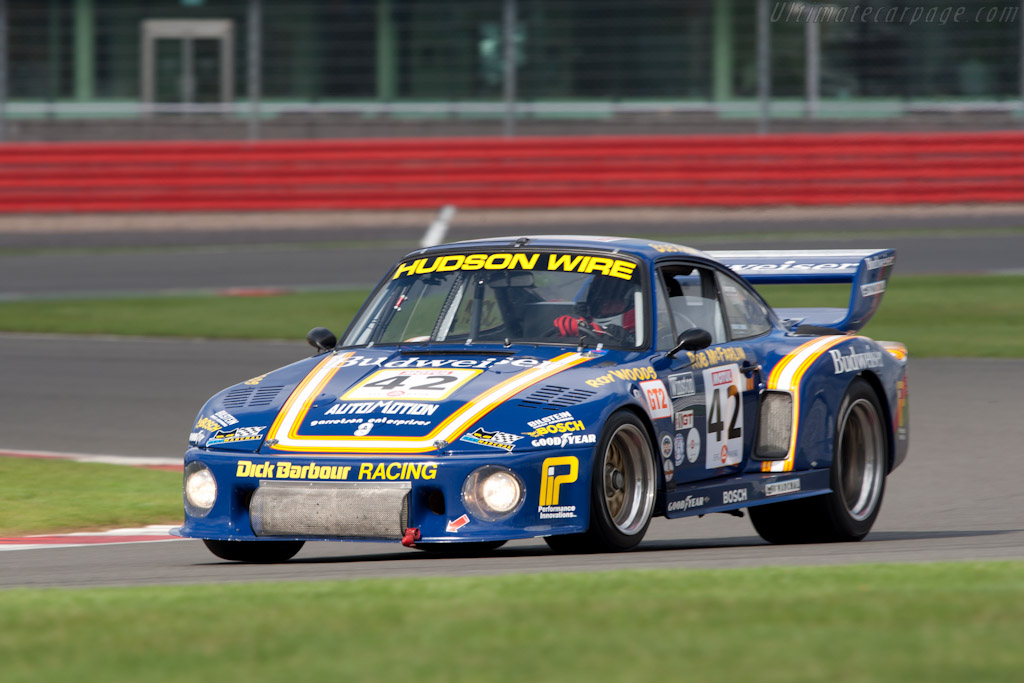 Porsche 935 - Chassis: 930 770 0910   - 2011 Le Mans Series 6 Hours of Silverstone (ILMC)