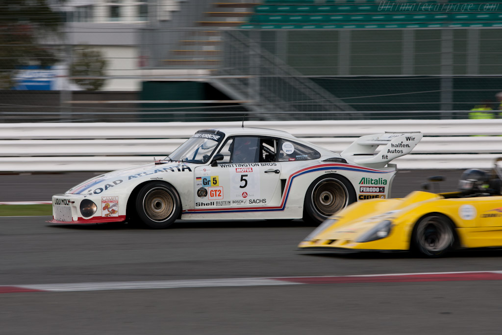 Porsche 935 - Chassis: 930 890 0016   - 2011 Le Mans Series 6 Hours of Silverstone (ILMC)