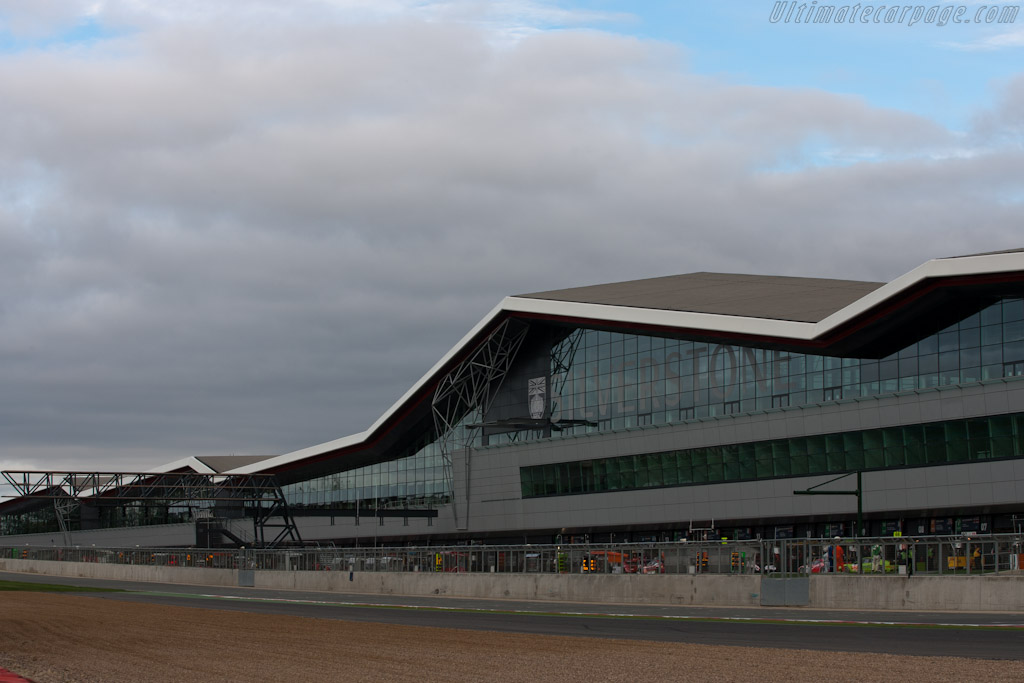 Welcome to Silverstone    - 2011 Le Mans Series 6 Hours of Silverstone (ILMC)