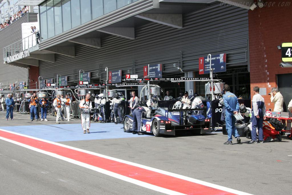 Peugeot stop - Chassis: 908-04   - 2011 Le Mans Series Spa 1000 km (ILMC)