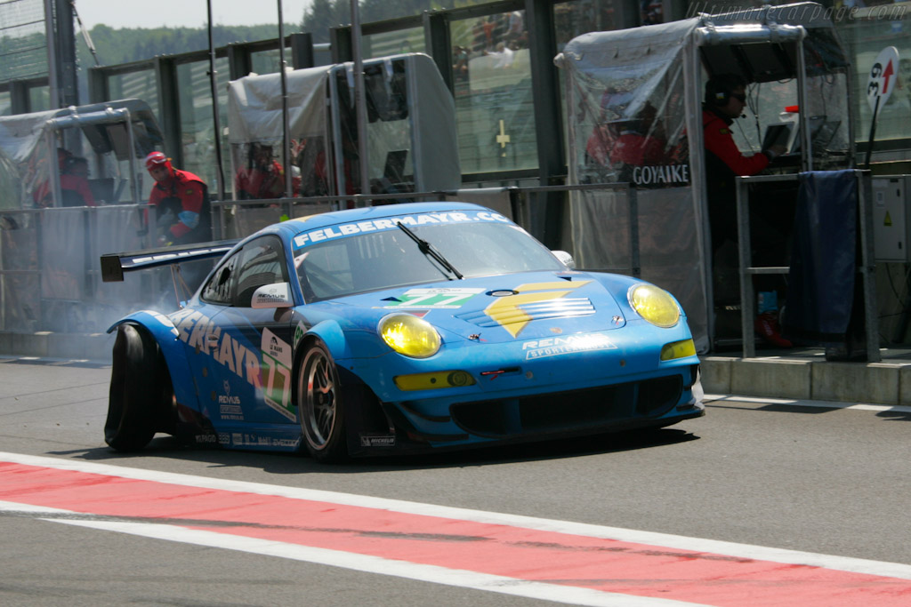 Smashed suspension - Chassis: WP0ZZZ9ZBS799911b   - 2011 Le Mans Series Spa 1000 km (ILMC)