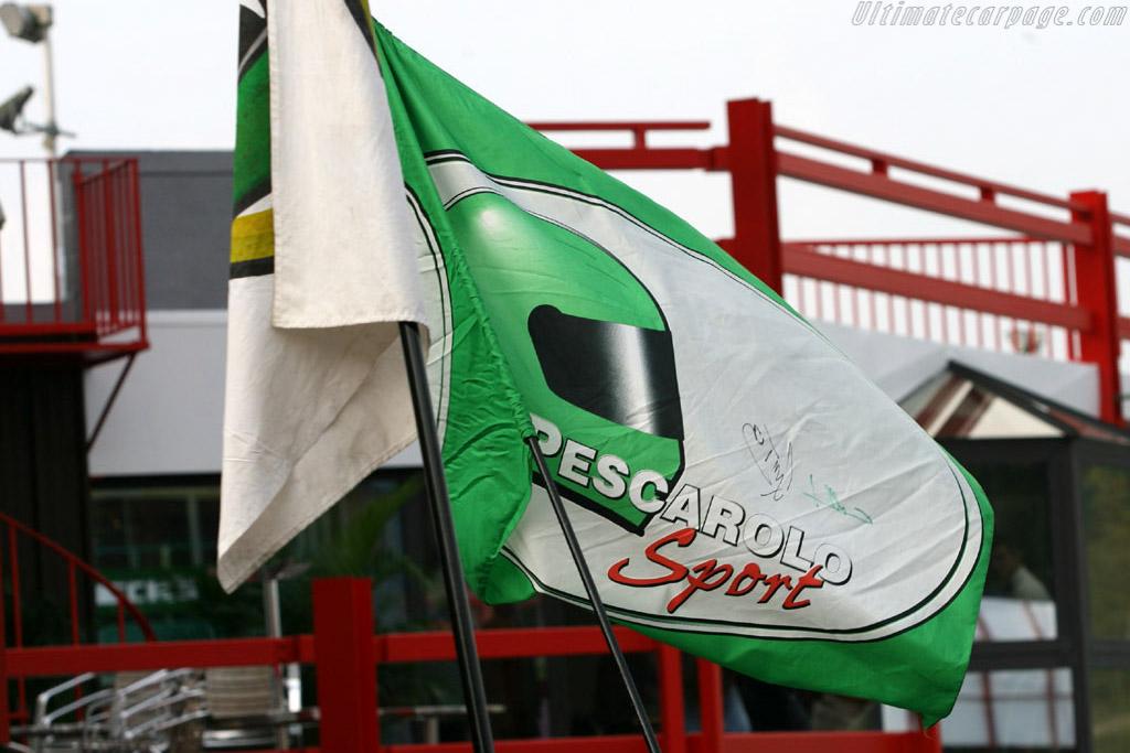 Pescarolo's ever present fanclub    - 2006 Le Mans Series Spa 1000 km