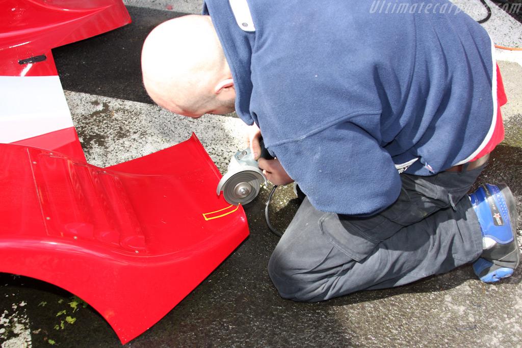 Final adjustments    - 2009 Le Mans Series Spa 1000 km
