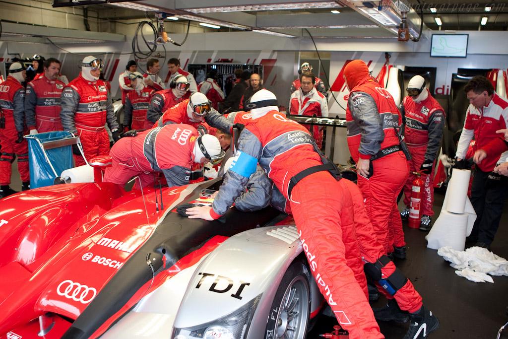 Fuel leak - Chassis: 203   - 2010 Le Mans Series Spa 1000 km