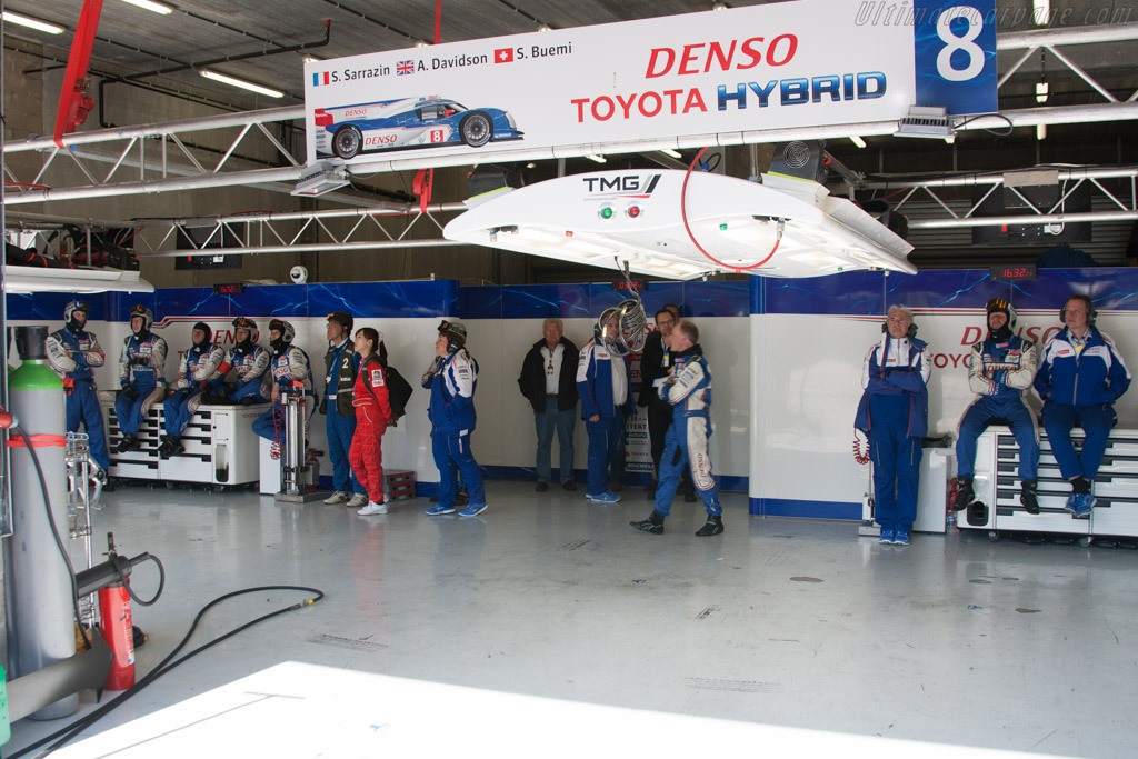 Toyota pits    - 2013 WEC 6 Hours of Spa-Francorchamps