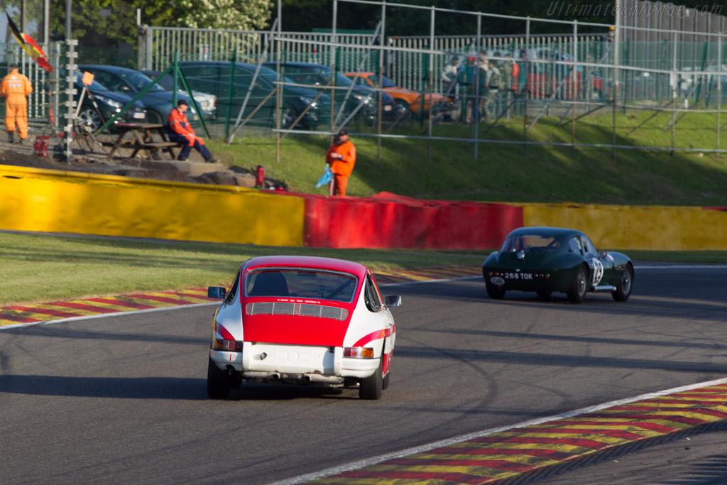Porsche 911 - Chassis: 300377 - Driver: Philippe Scemama / Yves Scemama  - 2014 Spa Classic