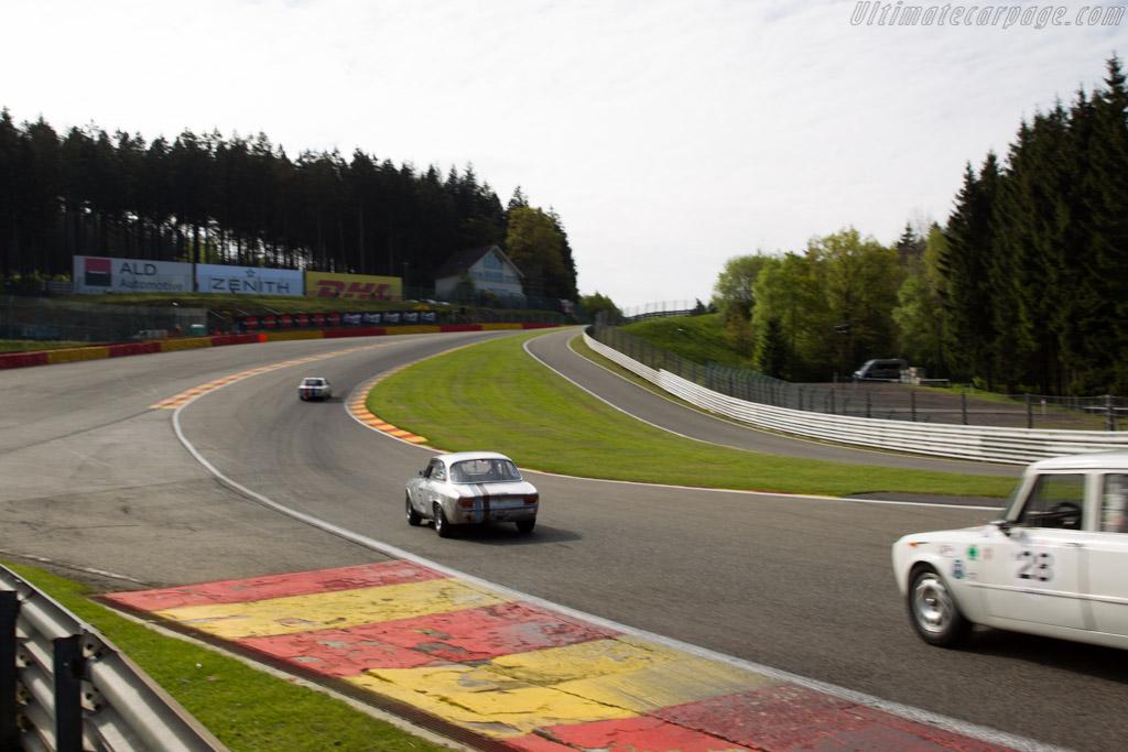 Alfa Romeo Giulia GTA - Chassis: AR613329 - Driver: Daniela Ellerbrock / Olivier Ellerbrock  - 2015 Spa Classic