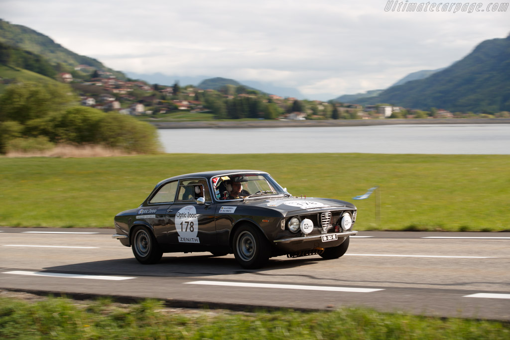 Alfa Romeo Giulia Sprint GT  - Driver: Olivier Pernaut / Margot Laffite  - 2018 Tour Auto