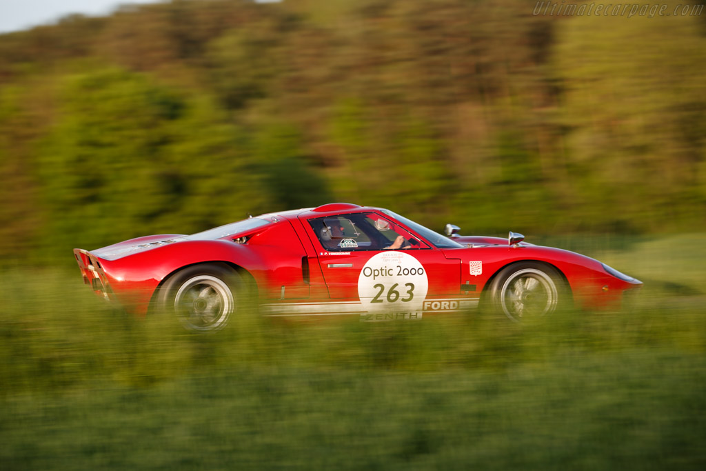 Ford GT40 MKII - Chassis: GT40P/1089 - Driver: Philippe Vandromme / Frederic Vivier  - 2018 Tour Auto