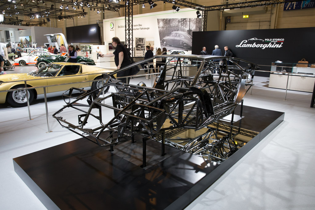 Lamborghini Countach Lp400 Chassis Chassis 1120204