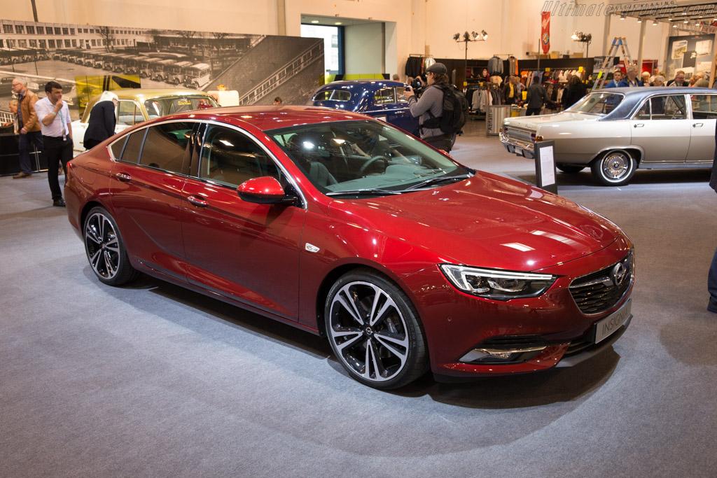 Opel Insignia    - 2017 Techno Classica