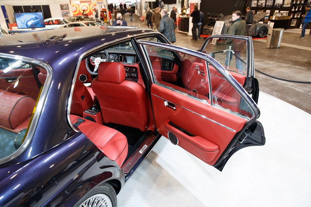 Jaguar XJ6 Series 3  - Entrant: Jaguar Land Rover Heritage  - 2018 Techno Classica