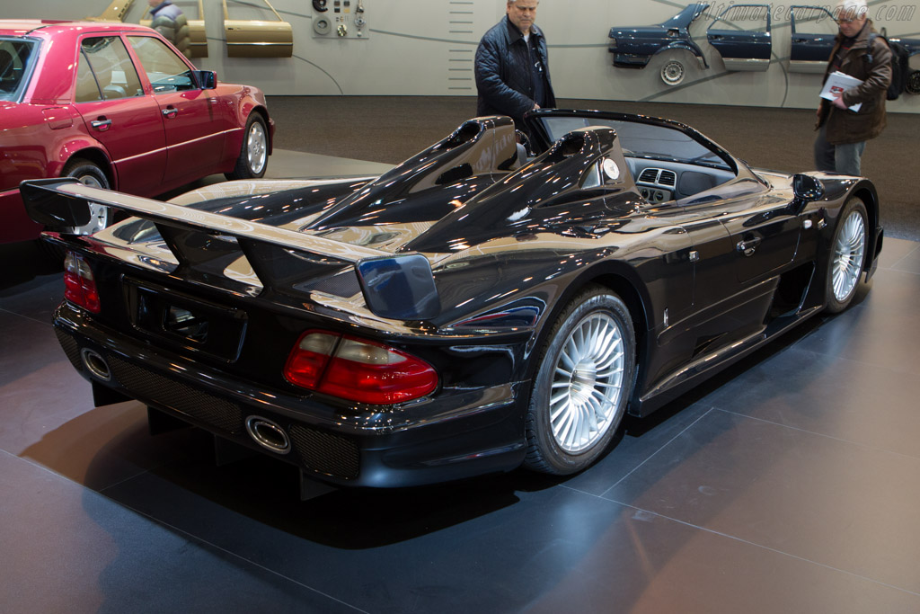 Mercedes benz clk gtr roadster chassis wdb297397y000008 for Mercedes benz clk 2013