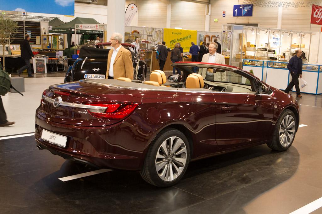 Opel Cascada    - 2013 Techno Classica