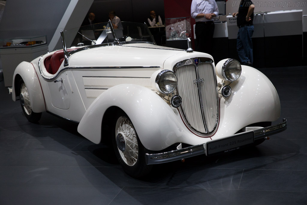 Audi Front 225 Roadster  - Entrant: Audi Mobile Tradition  - 2015 Techno Classica