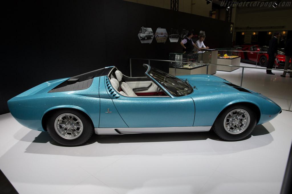 Lamborghini Miura Roadster - Chassis: 3498 - Entrant: Lamborghini  - 2015 Techno Classica