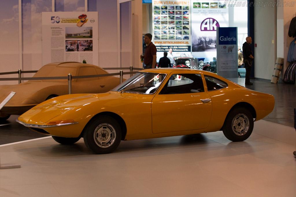 Opel Experimental GT  - Entrant: Opel  - 2015 Techno Classica