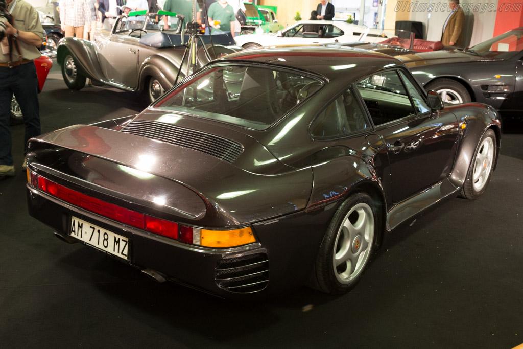 Porsche 959 - Chassis: WPOZZZ95ZJS900229 - Entrant: Coys  - 2015 Techno Classica