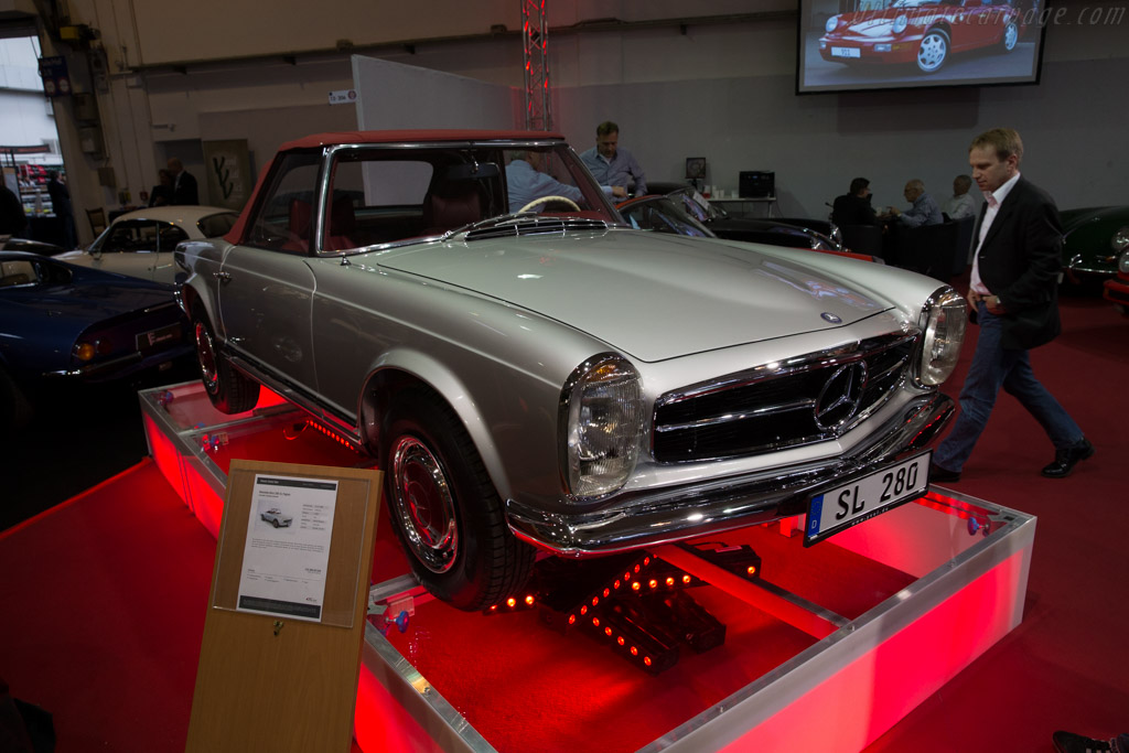 Mercedes benz 280 sl 2016 techno classica for Mercedes benz lease return