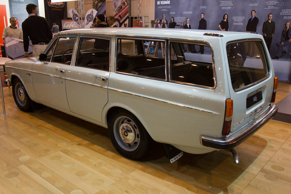 Volvo 145 Estate    - 2016 Techno Classica