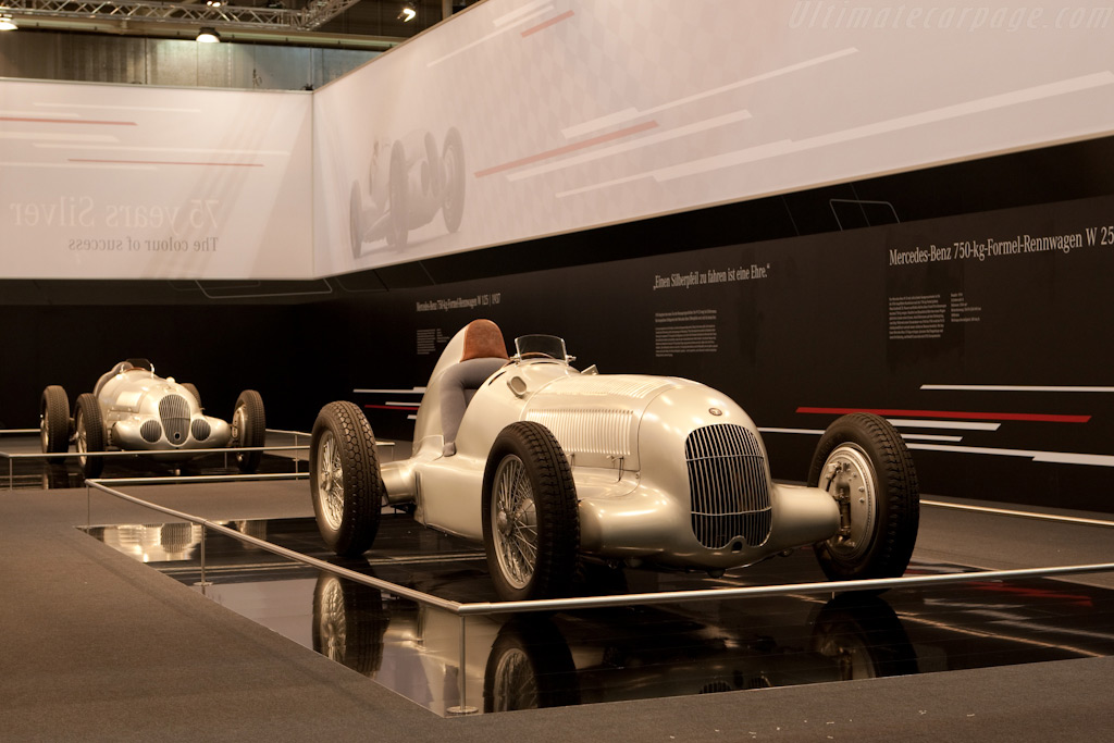 75 years of the Silver Arrow    - 2009 Techno Classica