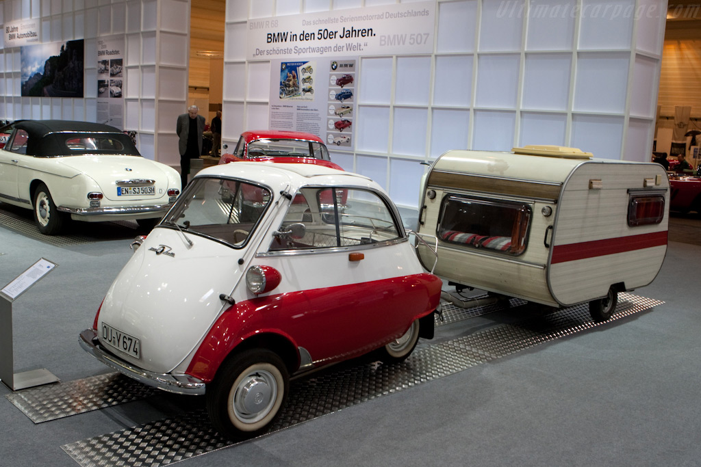 Matching 'luggage'    - 2009 Techno Classica