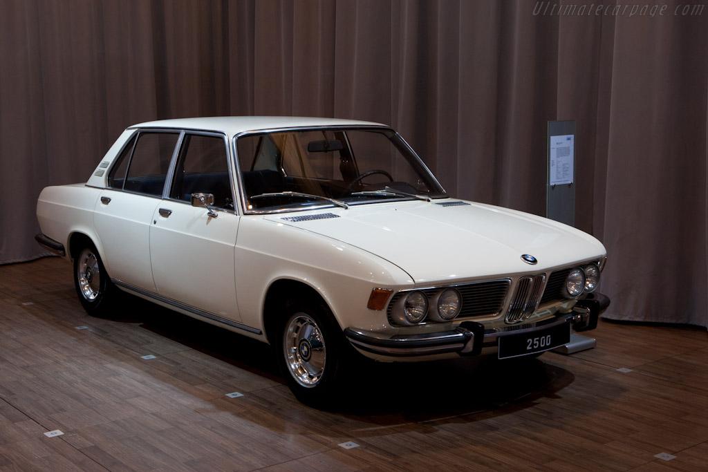 BMW 2500    - 2011 Techno Classica