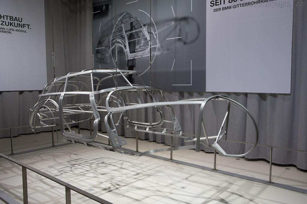 BMW Elektron frame    - 2014 Techno Classica