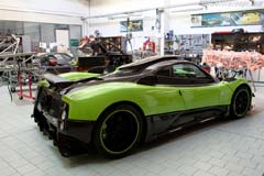 Horacio Pagani and his dream in carbon-fibre