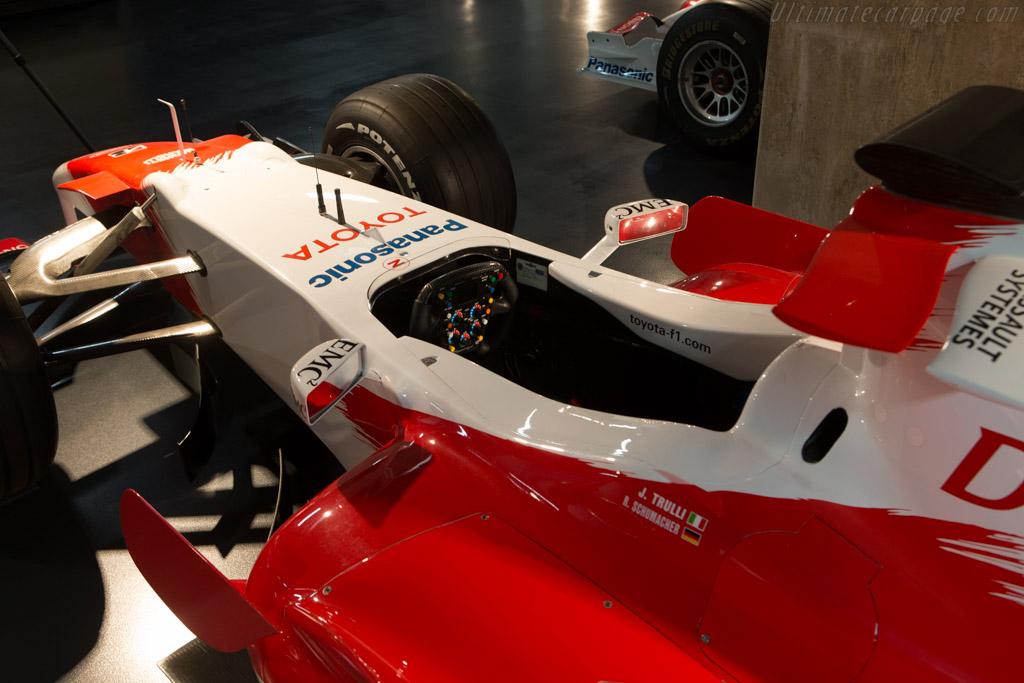 Toyota TF106    - Toyota Motorsport visit