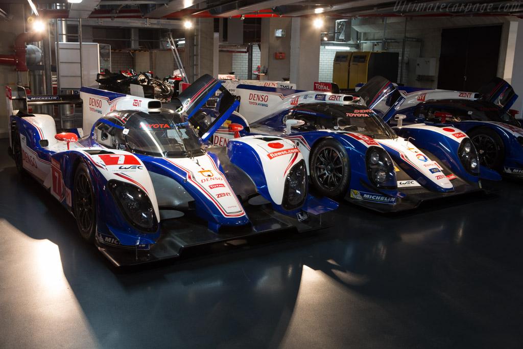 Toyota TS030 Hybrid - Chassis: 12-04   - Toyota Motorsport visit