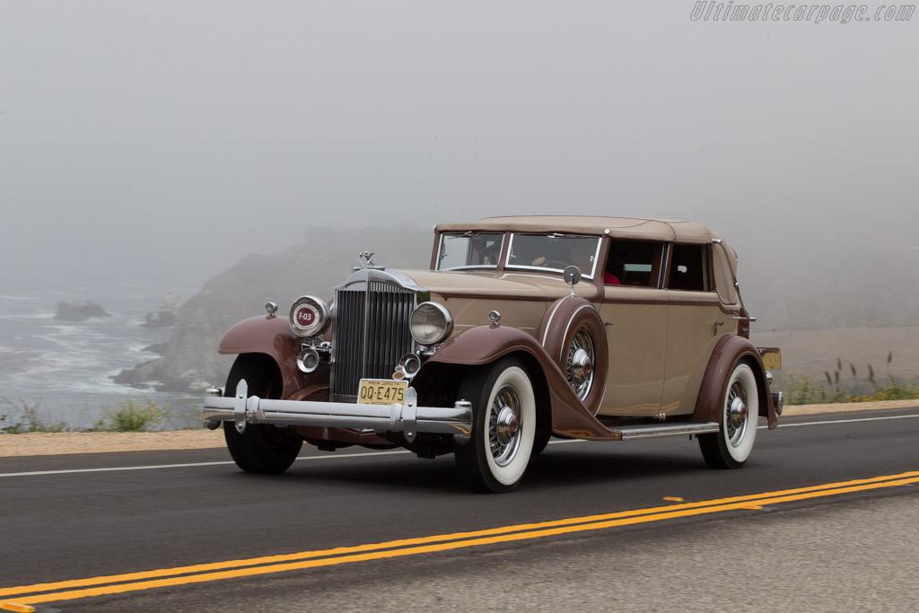 Packard 1006 Twelve Fernandez & Darrin Cabriolet de Ville  - Entrant: Robert D. Briglia  - 2014 Pebble Beach Concours d'Elegance